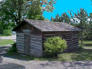 whcpa old north school log building